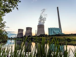 能源--Power-Plant-Extrude-Hone